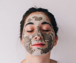 How to Apply a Face Mask Correctly