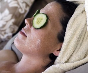 8 All-Natural Ingredients That Work for Eye Puffiness and Wrinkles